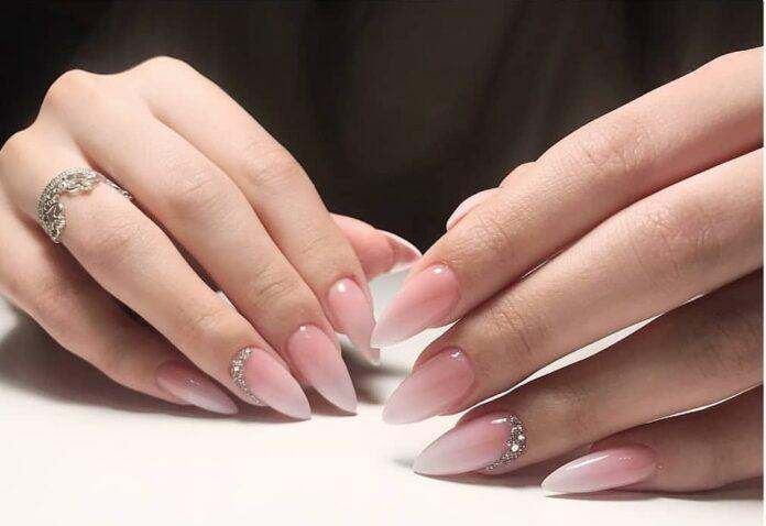 нарастить ногти