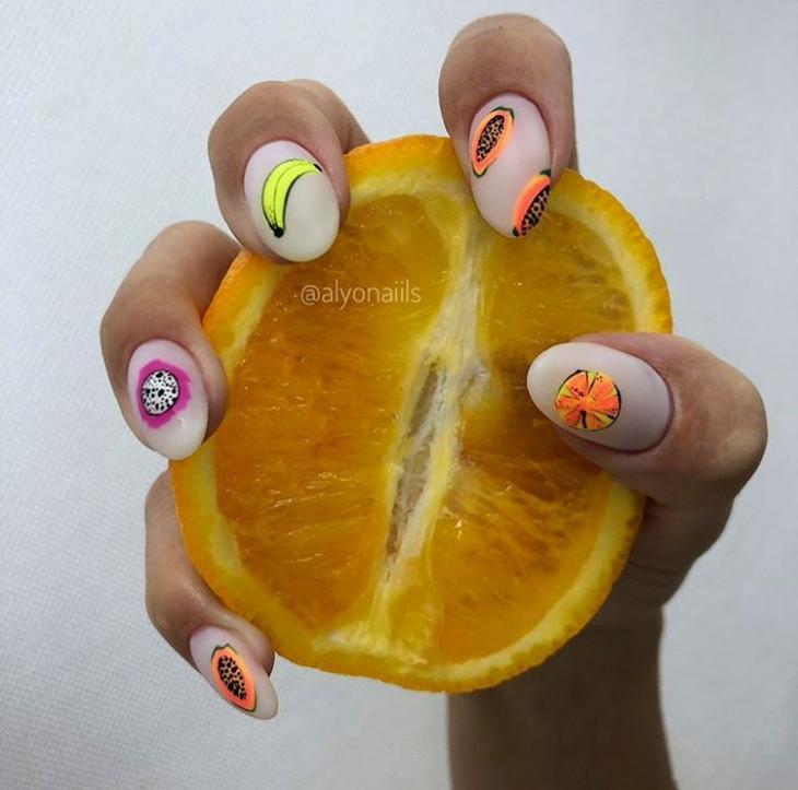 фруктовый маникюр